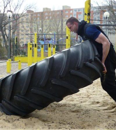 """Kruhový tréning """"Superman"""" v Streetgyme"""
